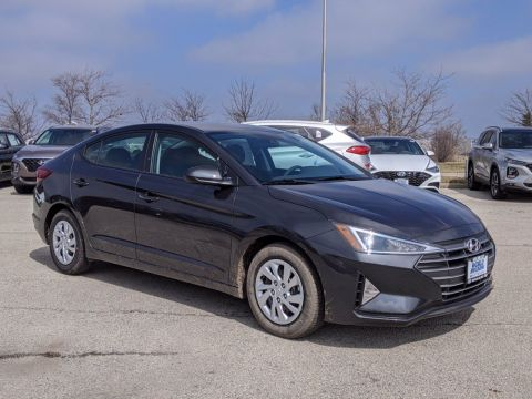 New 2020 Hyundai Elantra SE FWD Sedan
